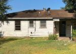 Bank Foreclosure for sale in Beaumont 77707 SMELKER ST - Property ID: 4285349730