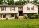 Bank Foreclosure for sale in Front Royal 22630 OLD OAK LN - Property ID: 4287695964