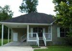 Bank Foreclosure for sale in Denham Springs 70726 CALLAHAN DR - Property ID: 4288889878
