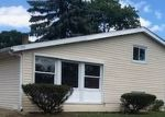 Bank Foreclosure for sale in Carpentersville 60110 PAWNEE RD - Property ID: 4289110606
