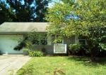 Bank Foreclosure for sale in Vandalia 62471 N SUNFLOWER ST - Property ID: 4305074763