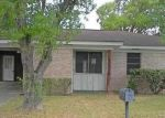 Bank Foreclosure for sale in Hallettsville 77964 S GLENDALE ST - Property ID: 4305877564