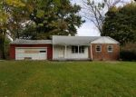 Bank Foreclosure for sale in Indianapolis 46260 MAYFAIR DR - Property ID: 4309382674
