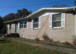 Casa en Remate en Mc Ewen 37101 HILLTOP DR - Identificador: 4315320271