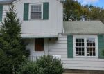 Bank Foreclosure for sale in Wickliffe 44092 BUENA VISTA DR - Property ID: 4316755526