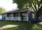 Bank Foreclosure for sale in Columbia 65202 N LAKE OF THE WOODS RD - Property ID: 4318577497