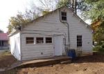 Bank Foreclosure for sale in Mount Pleasant 38474 GARDEN ST - Property ID: 4326277513