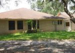 Bank Foreclosure for sale in Beeville 78102 VALLEY OAKS DR - Property ID: 4326759283