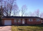 Bank Foreclosure for sale in Olney 62450 DOGWOOD DR - Property ID: 4332634263