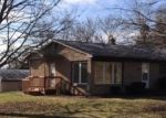 Bank Foreclosure for sale in Lansing 48906 VALLEY VIEW RD - Property ID: 4336332520