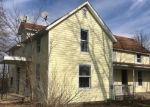 Bank Foreclosure for sale in Nashville 62263 LIVESAY ST - Property ID: 4337810242