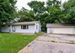 Bank Foreclosure for sale in Minneapolis 55437 OXBOROUGH LN - Property ID: 4342937165