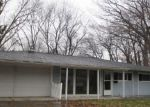 Bank Foreclosure for sale in Toledo 43606 LINCOLNSHIRE WOODS RD - Property ID: 4345853194
