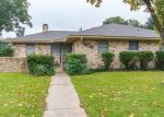 Bank Foreclosure for sale in Garland 75041 ROANOKE DR - Property ID: 4361849774