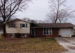 Bank Foreclosure for sale in Olney 62450 EVERGREEN DR - Property ID: 4372743944