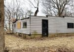 Bank Foreclosure for sale in Vandalia 62471 W SAINT LOUIS AVE - Property ID: 4378554981