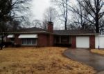Bank Foreclosure for sale in Fairview Heights 62208 MECKFESSEL DR - Property ID: 4390714889