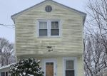 Bank Foreclosure for sale in Saugus 01906 HARRISON AVE - Property ID: 4445455947