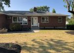 Bank Foreclosure for sale in Waterbury 06704 HOLIDAY HL - Property ID: 4508009572