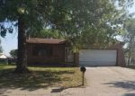Bank Foreclosure for sale in East Saint Louis 62206 MAPLE TREE LN - Property ID: 4509818850