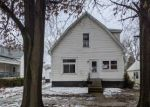 Bank Foreclosure for sale in Litchfield 62056 N MONTGOMERY AVE - Property ID: 4522351920