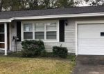 Bank Foreclosure for sale in Beaumont 77706 BROWNING DR - Property ID: 4522625640