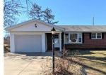 Bank Foreclosure for sale in Godfrey 62035 JEROME DR - Property ID: 4524371400
