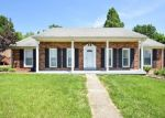 Pre Foreclosure in New Albany 47150 BENTBROOK DR - Property ID: 1110027744