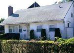 Pre Foreclosure en Brentwood 11717 HILLTOP DR - Identificador: 1168026442