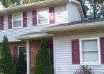 Pre Foreclosure en Youngstown 44512 SQUIRREL HILL DR - Identificador: 1399582867