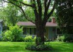 Pre Foreclosure in Carpentersville 60110 GRANADA RD - Property ID: 1416269224
