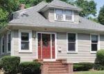 Pre Foreclosure in Attleboro Falls 02763 MAPLE ST - Property ID: 1444929365