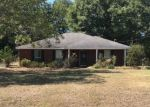 Pre Foreclosure in Shorter 36075 COUNTRY VIEW DR - Property ID: 1551226989