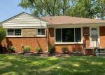 Pre Foreclosure in Livonia 48154 HARRISON ST - Property ID: 1560945622