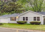 Pre Foreclosure in Joliet 60435 CATON FARM RD - Property ID: 1653095343