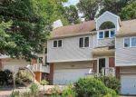 Pre Foreclosure in York 17406 GREENLEAF RD - Property ID: 1658239347