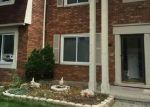 Pre Foreclosure in Sterling Heights 48312 JAMESTOWN DR - Property ID: 1666159230