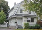 Pre Foreclosure en Rochester 14617 MAPLEHURST RD - Identificador: 1680132805