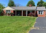 Pre Foreclosure in Frankfort 40601 HIAWATHA TRL - Property ID: 1699864400