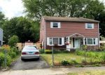 Pre Foreclosure in Stratford 06615 LARKIN CT - Property ID: 1707086144
