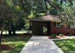 Pre Foreclosure in Whiteville 28472 E CALHOUN ST - Property ID: 1719717768