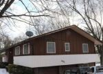 Pre Foreclosure in Collinsville 62234 CAMELOT DR - Property ID: 1749898998
