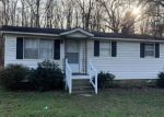 Pre Foreclosure in Bumpass 23024 JACKSON RD - Property ID: 1751898334