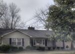 Pre Foreclosure in Elizabethtown 42701 W POPLAR ST - Property ID: 1760316639