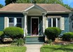 Pre Foreclosure in Waterbury 06705 FAIRLAWN AVE - Property ID: 1793821652