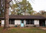 Pre Foreclosure in Foley 36535 W WALNUT AVE - Property ID: 1801960969