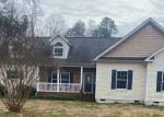 Pre Foreclosure in Gloucester 23061 POND LN - Property ID: 1803696203