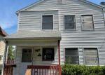 Pre Foreclosure in Waterbury 06704 WOOD ST - Property ID: 1807783380