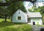 Pre Foreclosure in Syracuse 13215 W SENECA TPKE - Property ID: 1811025713