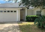Pre Foreclosure in Jacksonville 32244 PROSPERITY LAKE DR - Property ID: 1832527604